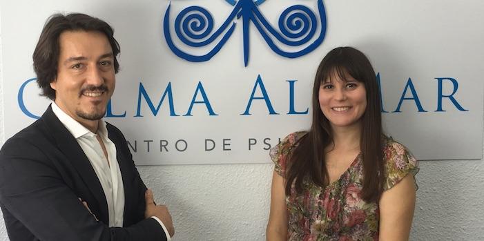 Fernando Pena con Estefanía Cárcel. Psicólogos Sanitarios
