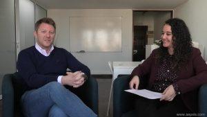 Luis Abad y Andrea Mezquida en un momento de la entrevista sobre TDAH